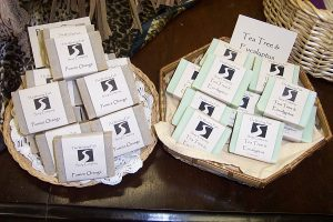 sselling soap at the farmers markets, selling soap farmers market, best selling soap scents, selling soap online, making selling soap, selling homemade soap,